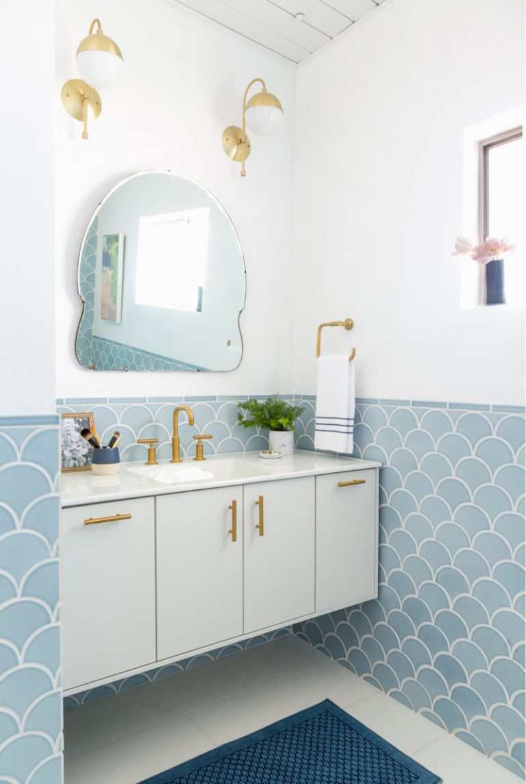 Soft Blue Fish Scale Penny Tiles