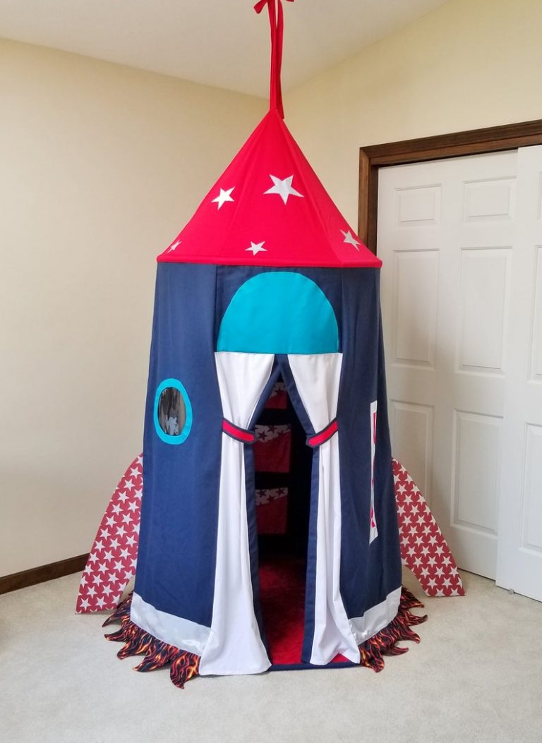 Spacecraft Tent For Space Themed Bedroom
