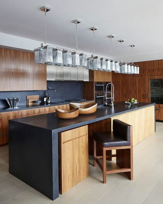 The Bold Hint in Mid Century Mid Modern Kitchen