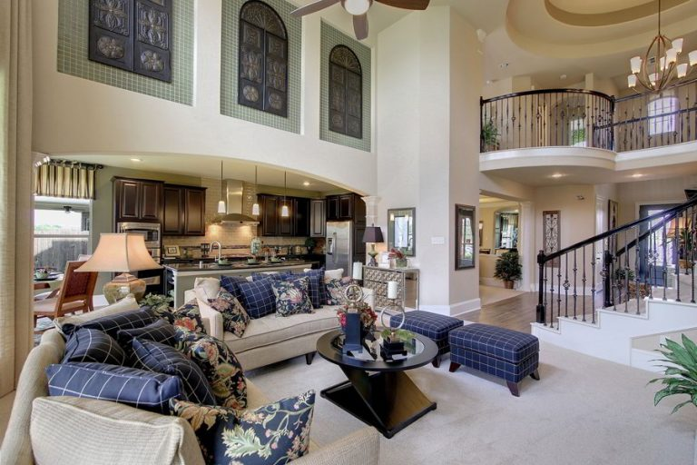 Traditional Modern Mansion Living Rooms