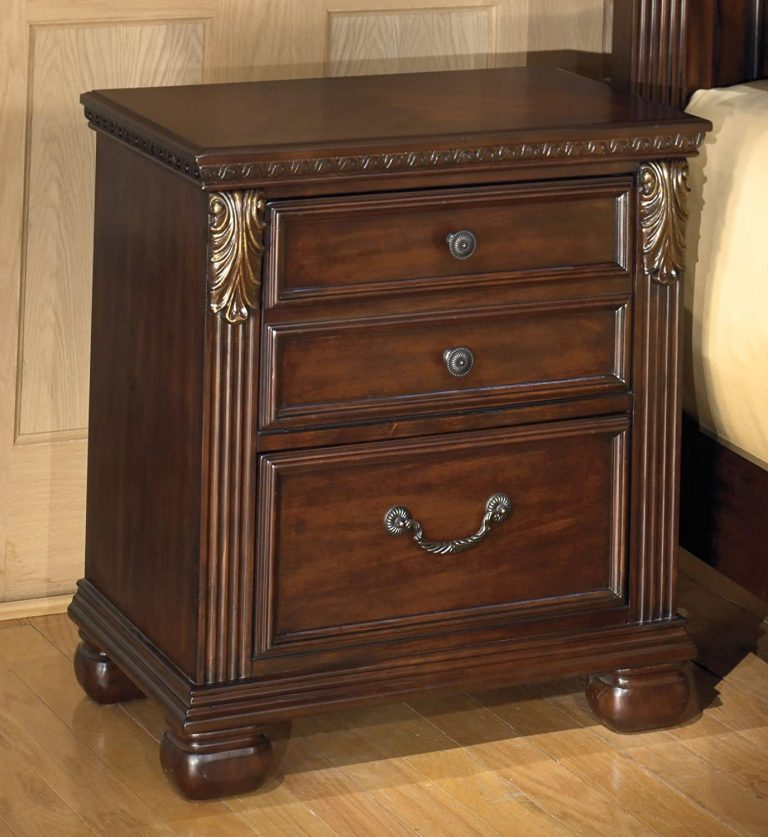 Traditional Small Nightstand Ideas