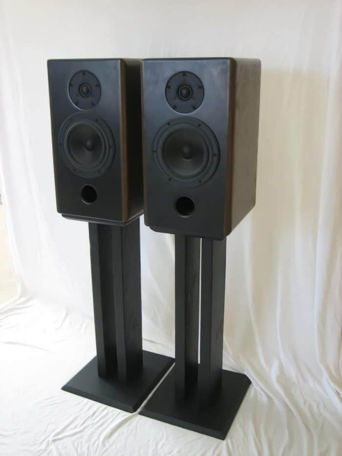 DIY Two Column Speaker Stand Ideas