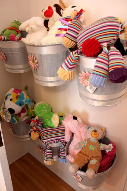 Wall-Mounted Buckets Stuffed Animal Box