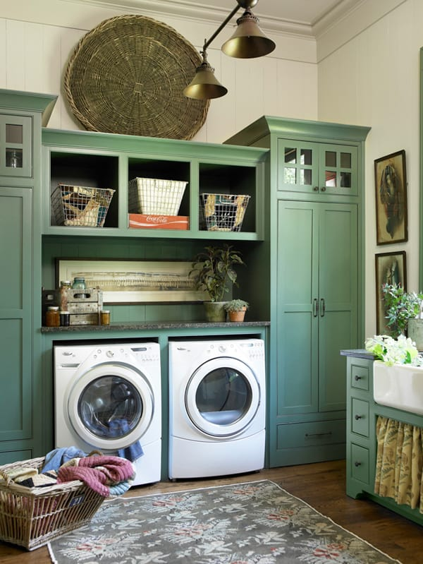 White and Green Laundry Room Paint Colors