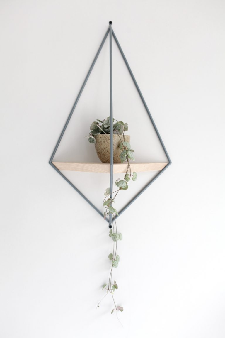 Wire Diamond Wall Planters Indoor