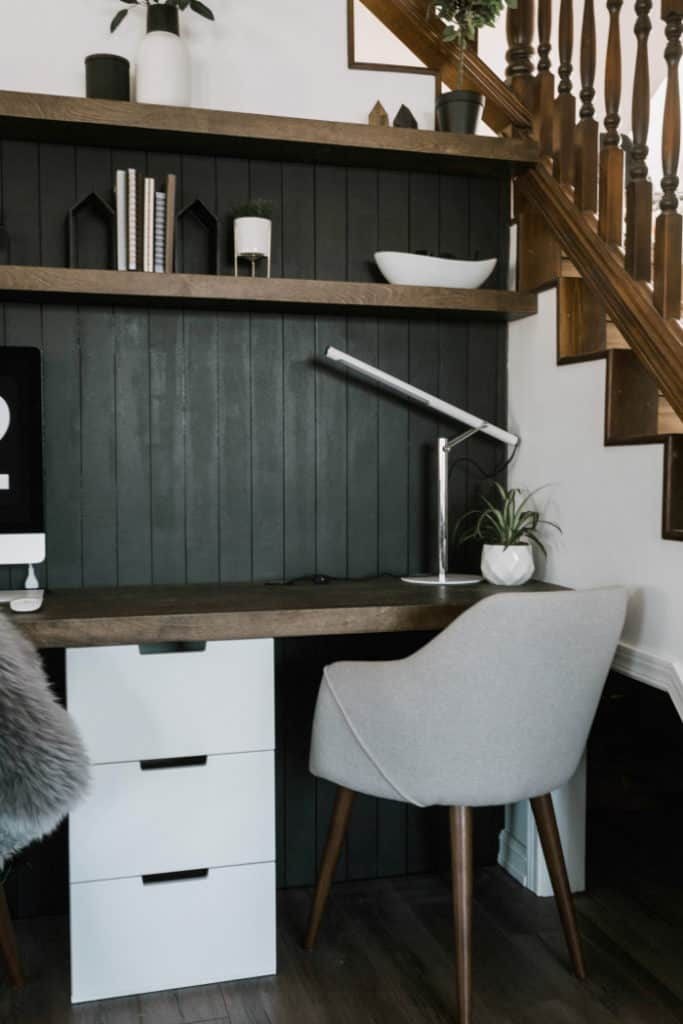 Wood Accent Wall Ideas for Study Room
