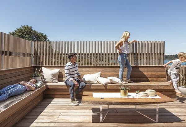 Wooden Bench and Peivacy Screen Rooftop Deck